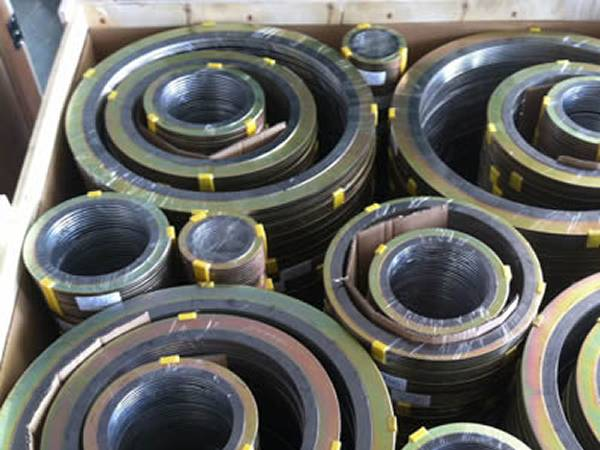 Small size wound spiral gasket can be put inside the big size in transportation.